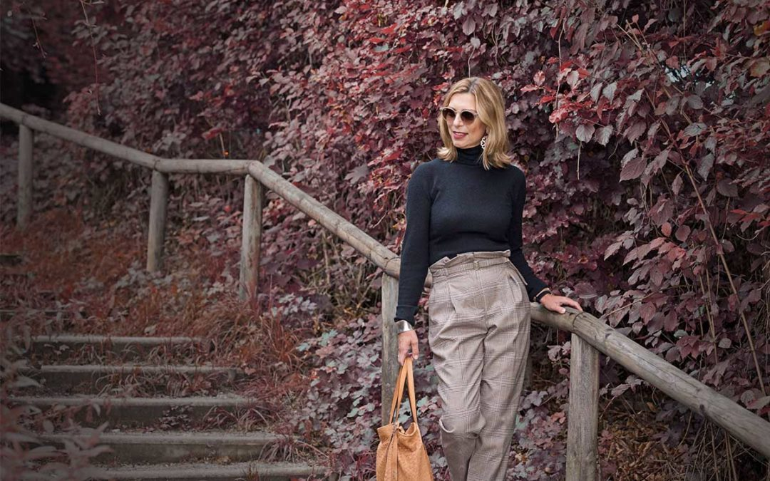 Cooler Herbstlook – High Waist Hose und Lederjacke