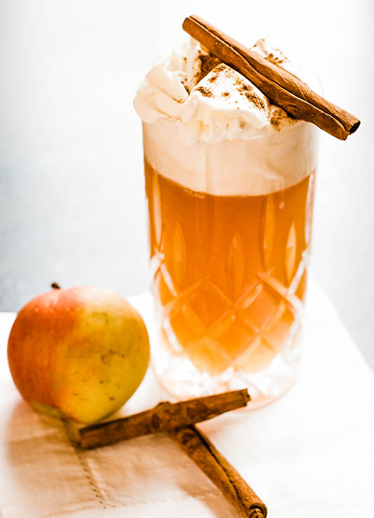 Wintercocktail Hot Apple Punch